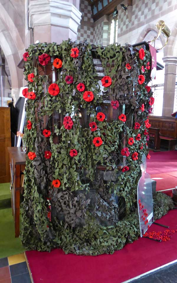 Poppies knitted for St.James' Church, Christleton